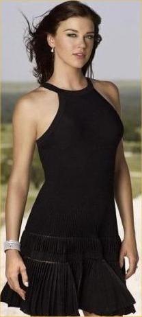 Rebecca Smollett Adrianne_palicki_black_summer_dress