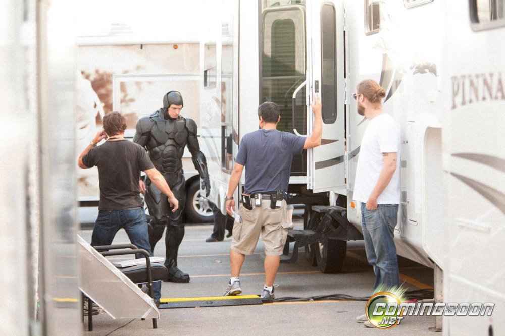 Joel Kinnaman in the Robocop costume.
